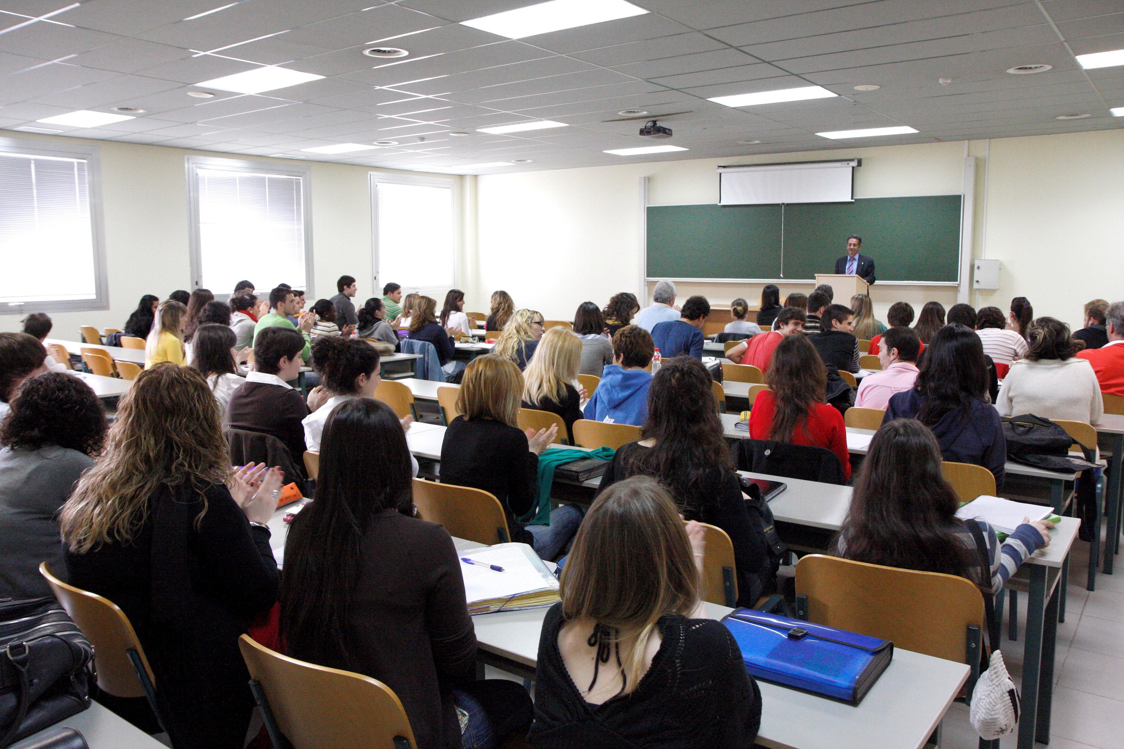 G2J_RUSextra_2_comencar-universitat