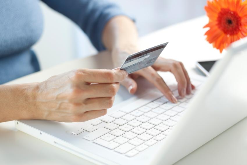 female-online-shopper
